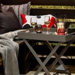 beverages on outdoor living room set